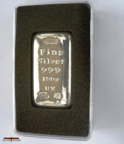 100 gram silver bullion bar in presentation capsule